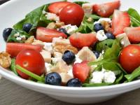 Salad - Chicken Goat Cheese & Berries - 122 Kcal/100g