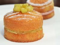 Savoy Cake with Stewed Apples & Pears